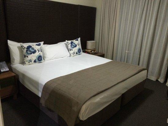 Mantra Esplanade Cairns: Bedroom