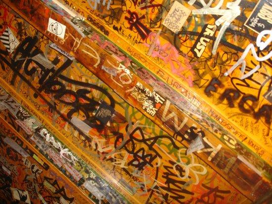 Cafe Hill Street Blues : detalle techo