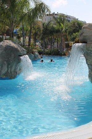 La Siesta Salou Camping Resort : vernieuwd zwembad
