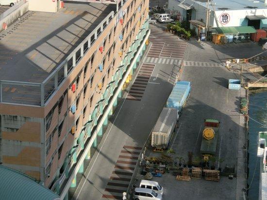 Okinawa Kariyushi Urban Resort Naha: 駐車場