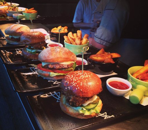 Bluetrain: Burger Boutique