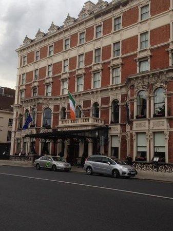 The Shelbourne Dublin, A Renaissance Hotel : great location