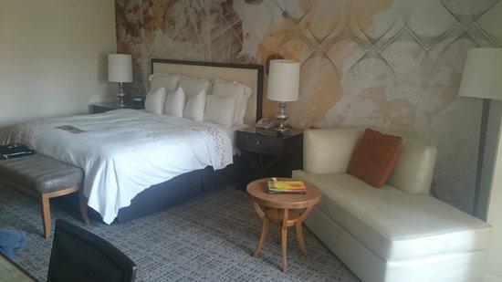 Renaissance Indian Wells Resort & Spa: Bed