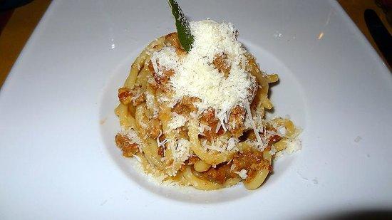 Cum Quibus: Pasta - Best ever