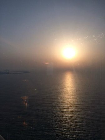 Burj Al Arab Jumeirah: Sunset view from 212