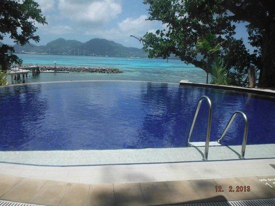 Cerf Island Resort: плаваешь и наслаждаешься