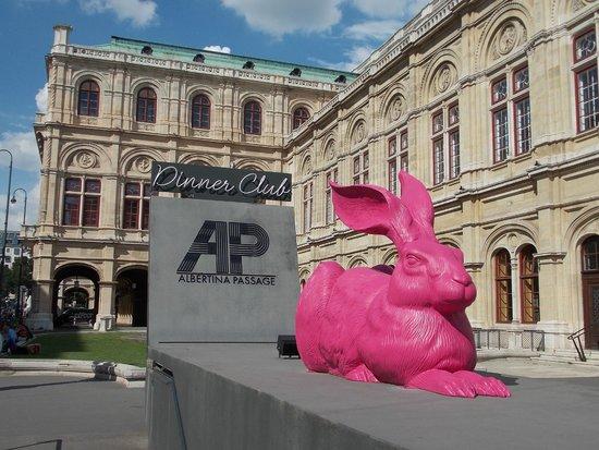 MEININGER Hotel Wien Downtown Sissi: Вариации на тему Альбрехта Дюрера