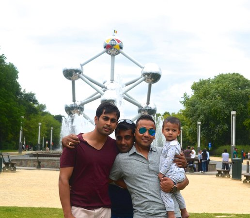 Atomium: Av WITH DAD and MAMU !