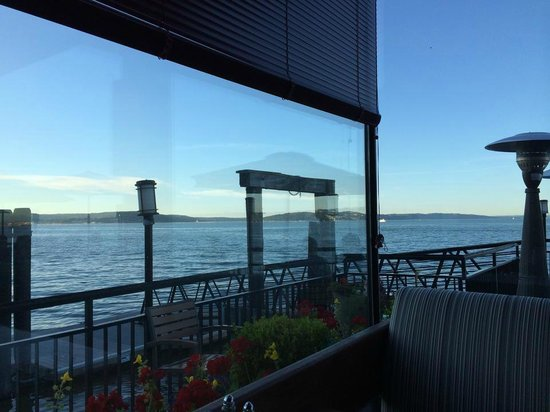 Lobster Shop South: View from the corner by the patio