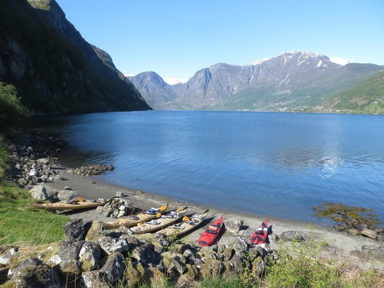 Njord - Seakayak and Wilderness Adventure Day Tours : Hike starting point
