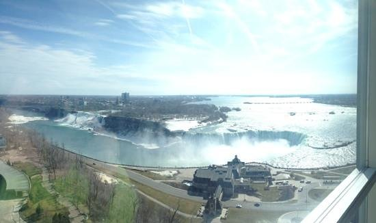 Embassy Suites by Hilton Niagara Falls Fallsview Hotel : View from the 24th floor!
