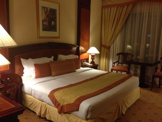 Carlton Palace Hotel: Room inside