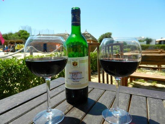 Club Eldorador Salammbo: Wine o clock at the beach bar