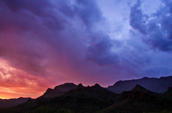Gates Pass : Sunset meets thunderstorms!