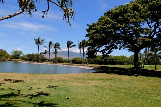 Maui Nui Golf Club: loved the scenery!