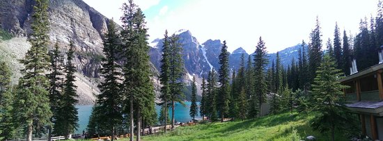 Moraine Lake Lodge: view