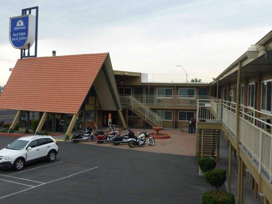Americas Best Value Inn And Suites Flagstaff Ausreichend Parkplätze Vorhanden