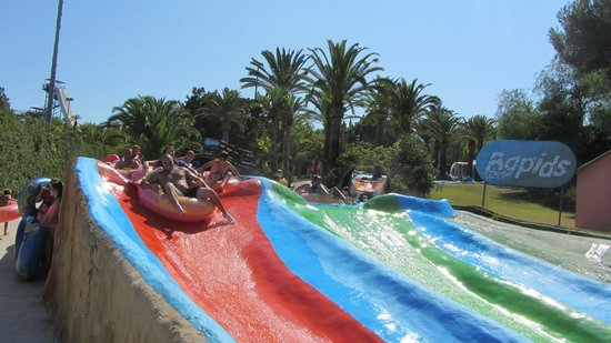 Aqualand Torremolinos: rapids - too many stops