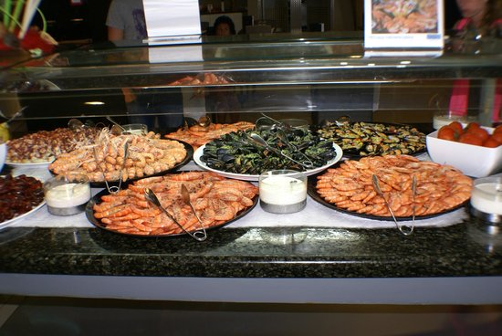 H10 Playa Meloneras Palace: Examples of some of the seafood you will encounter