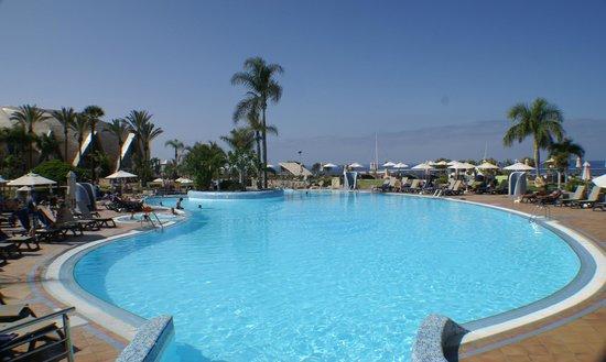 H10 Playa Meloneras Palace: The pools