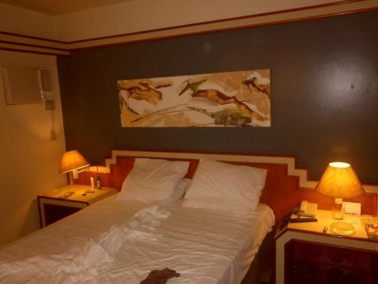 Rafain Palace Hotel & Convention: Habitación
