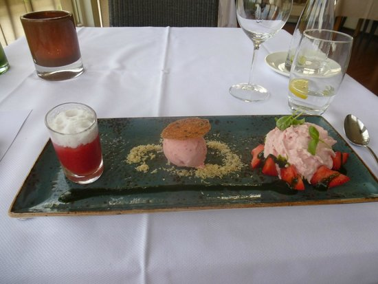 Hotel Greenside: Super dessert van/met Texelse aardbeien