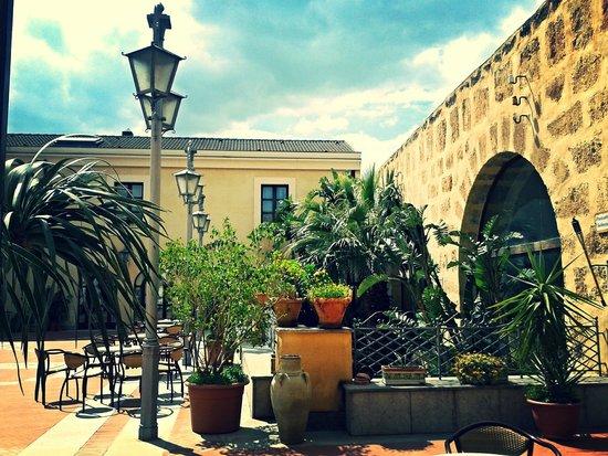 Baglio Conca d'Oro: Piazzetta Sabucia