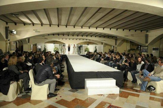 Baglio Conca d'Oro: Sala Cartiera (Sfilate ed eventi)