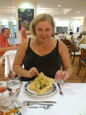 Esperos Village Resort: Блюдо от шеф-повара как всегда приятно удивило