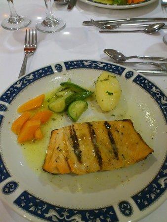 Esperos Village Resort : Ужин всегда был прекрасен
