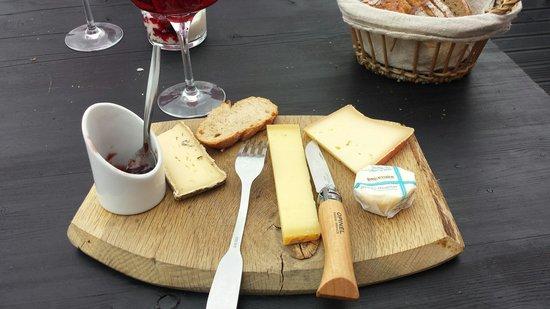 Bar a huitre Jane : La planchette de fromage de Mégère. ...une tuerie