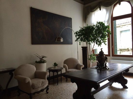 Hotel Sant'Antonin : petit salon
