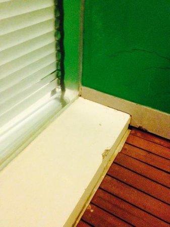 B-Lay Tong Phuket : shower