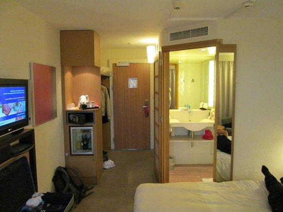 洛桑比西尼諾富特飯店照片