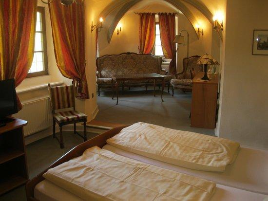 Hotel Schloss Zell: Turm Zimmer 1