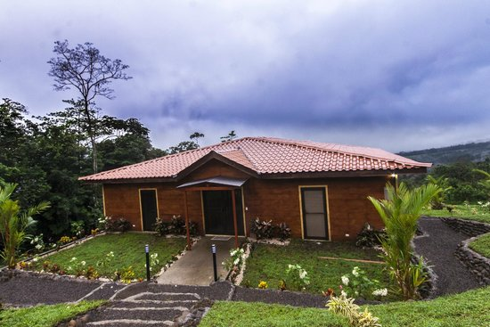 GreenLagoon Wellbeing Resort: Villa 13 Gardens & Valley