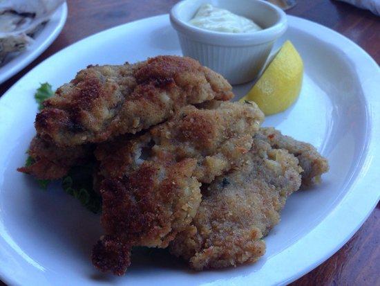 Fanny Bay Inn: Pan fried oysters