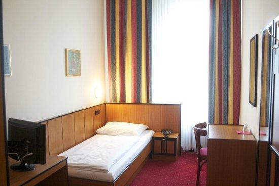 Hotel Drei Kronen: Einzelzimmer