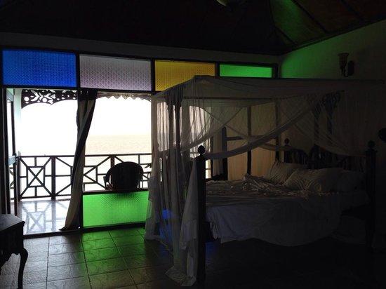 Langi Langi Beach Bungalows: Zimmer