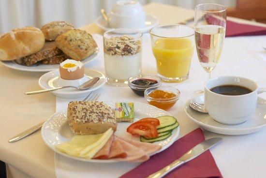 Hotel Drei Kronen: Frühstücksbüffet