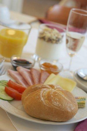 Hotel Drei Kronen: Frühstück