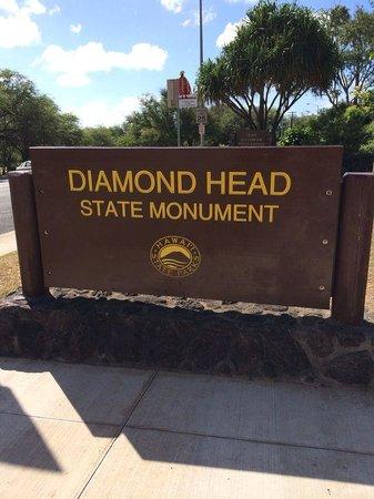 Diamond Head (Cabeza de Diamante): diamonh head