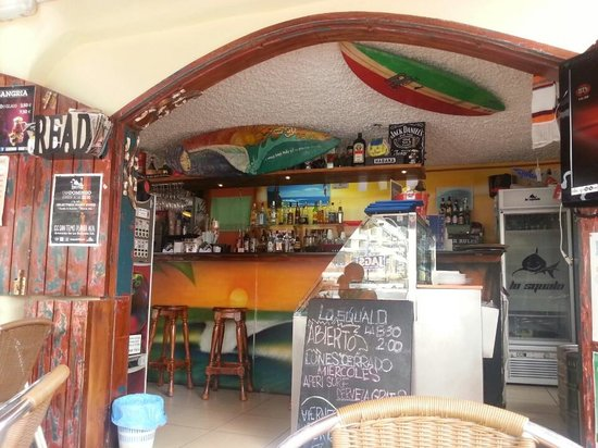 Lo Squalo Surf Bar ... the place to be !!!