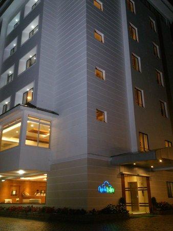 Clouds Valley Leisure Hotel: hotel