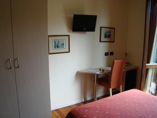 Hotel Fioroni: Одноместный номер