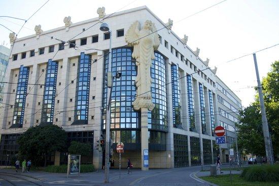 Hotel Drei Kronen: Umgebung-Technische Universität