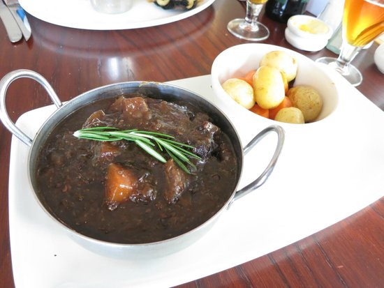 Jackson's Bistro : Local lamb & Black pudding casserole
