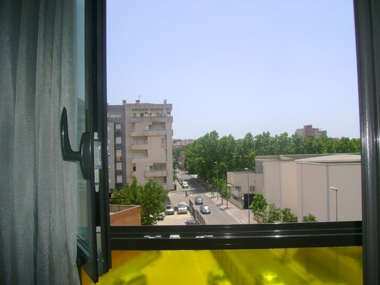 Double Tree Hilton  Hotel Girona : vista desde la habitacion