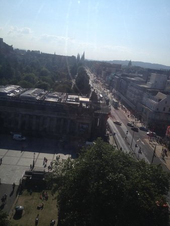 The Old Waverley Hotel : Princess street (from big wheel)