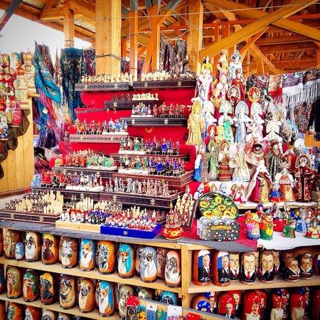 Izmailovsky Market : Every kind of matrioska in this wonderful place